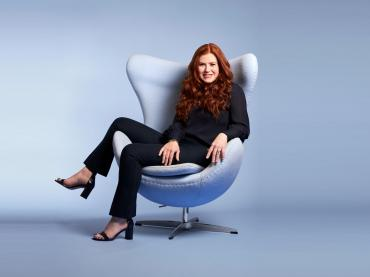 Kara Goldin Sitting On Big Chair